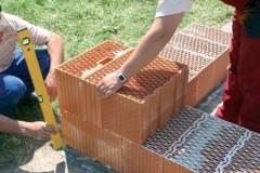 kladka-steny-iz-keramicheskih-blokov_1