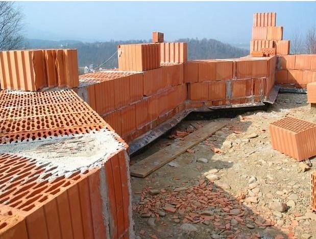Крупноформатные поризованные блоки - прекрасный строительный материал
